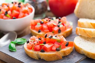 Italian bruschetta with tomatoes and basil