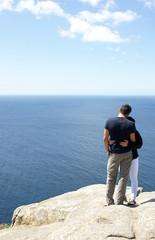 Pareja en el Cabo de Finisterre, Galicia