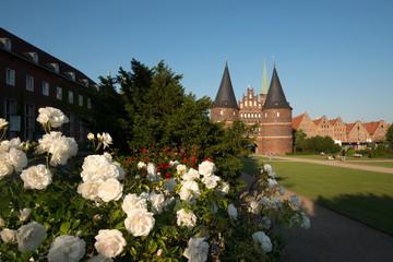 Lübeck Holstentor mit Altstadt