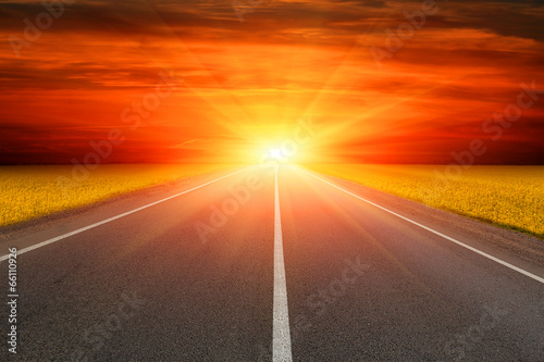 road to sunset - 66110926