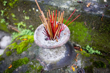 offering at Gunung Kawi is an 11th century temple complex in Tam