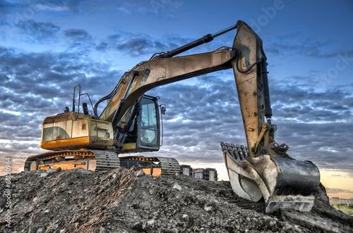 Excavator - 66120964