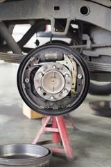 Change brake drum of suv car