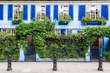 begrüntes Wohnhaus an der Portobello Road in London