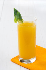 Succo di ananas