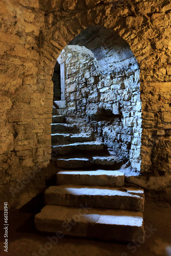 Arch in underground castle - 66138941