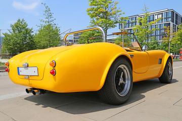 gelbe Cobra 427