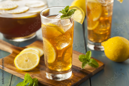 Foto op Canvas Koffie Homemade Iced Tea with Lemons