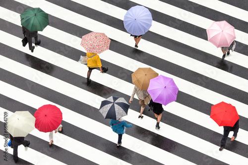 Papiers peints Tokyo Bunte Regenschirme