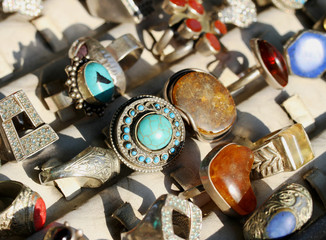 vintage  rings for sale at flea market in Italy