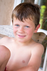 Vacances d'été - Enfant reposé et détendu