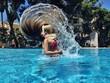 Wasserwelle im Pool
