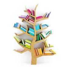 Drzewo poznania, drewniana półka z książkami wielokolorowe izolowane
