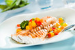 Leinwanddruck Bild - Grilled fish fillet with a colorful fresh salad