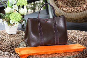 Female luxury personal fashion bag