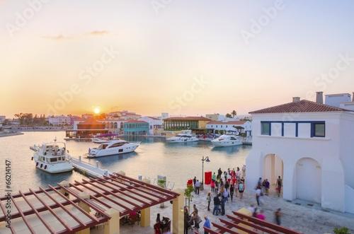 Aluminium Zonsondergang Limassol Marina, Cyprus