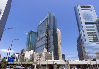 汐留高層ビル街   第一京浜と新しくできた新虎通り(環状二号線)の交差点