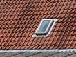 Dachfenster auf einem roten Ziegeldach in Oerlinghausen