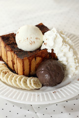 ice cream and toasted bread