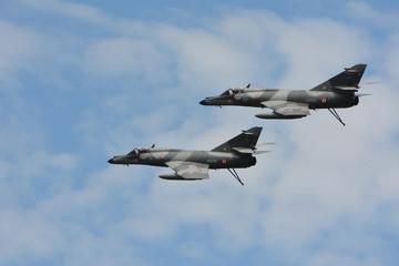 avion armée patrouille 2