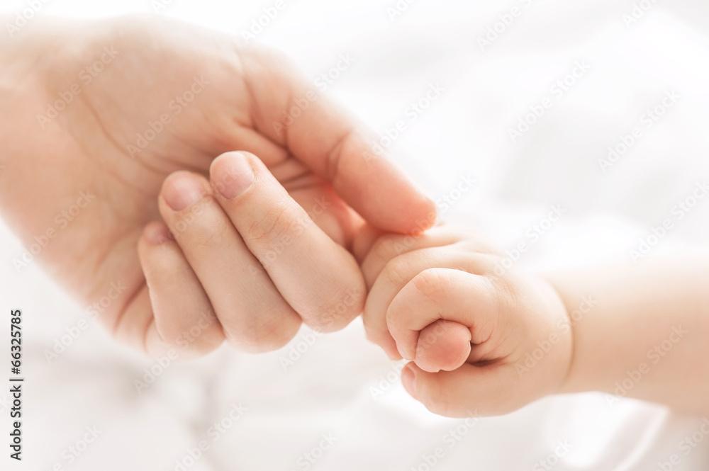 dzieci matka dotknięcie - powiększenie