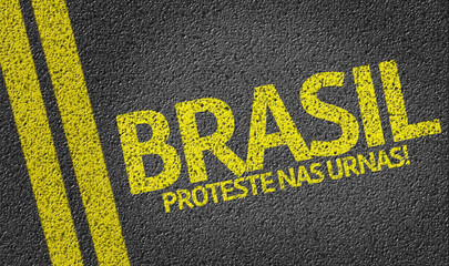 Brasil, Proteste nas Urnas! written on the road (in portuguese)