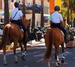 Police municipale à cheval.