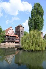 Weinstadl und Wasserturm in Nürnberg