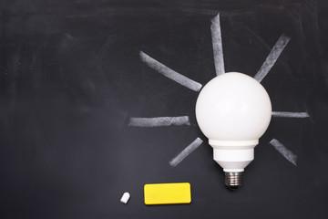Concetto di risparmio - cancellare i consumi elettrici