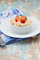 Outmeal porridge with strawberry d
