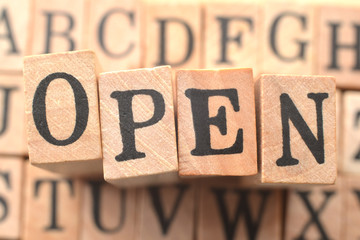 オープンのロゴ
