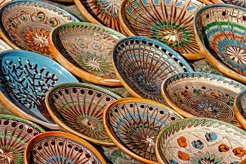 Romanian traditional pottery 6