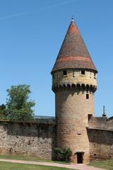 La tour Fabbry sur les remparts de Cluny
