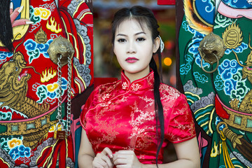 Chinese girl in traditional Chinese