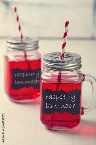 Mason Jar lemonade party drinks - 66382903