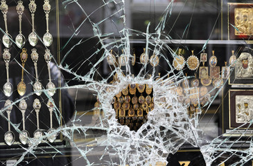 Jewelry robbery