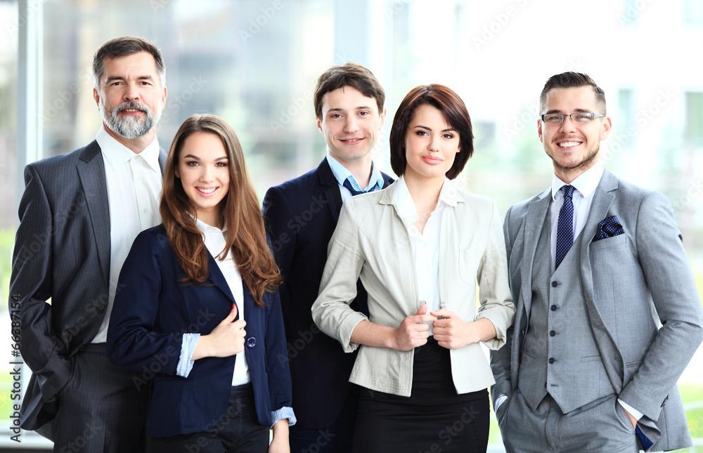 kierownictwo firmowy dorosły - powiększenie