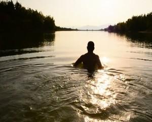 soğuk sularda yüzme