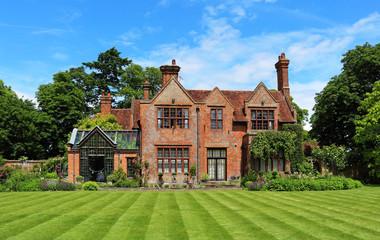English Rural House and Garden
