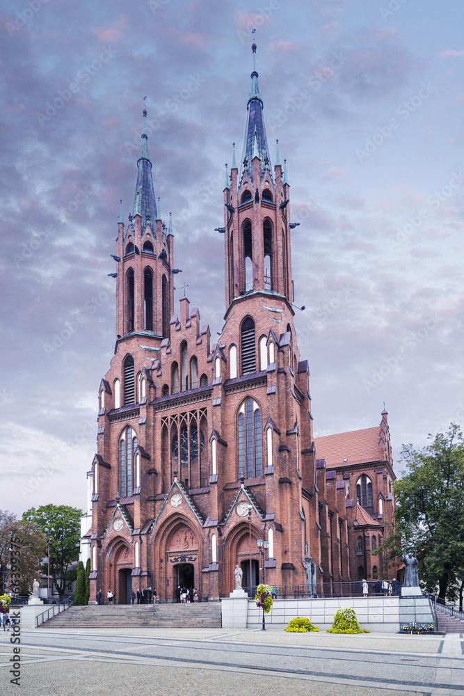 kościół zabytkowy memoriał - powiększenie