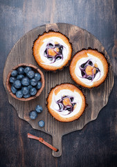 Blueberry cakes and blueberries