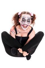 verrückt wirkende Frau mit irrem Make-up