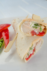Grilled WRAP with garlic cream