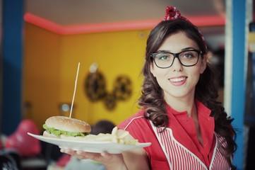 Ragazza con Hamburger