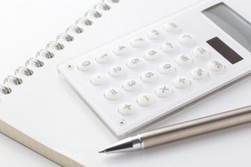 ペンと電卓