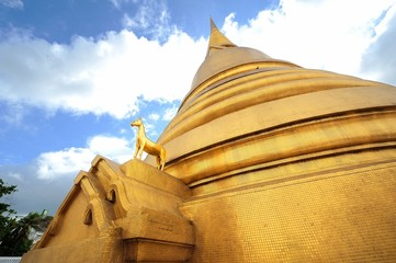 Golden pogoda of Wat Baworn,BKK