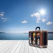canvas print picture - Landschaft mit Holz und See / Meer im Hintergrund