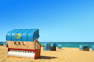 Strandkorb XXL am Meer