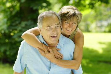Älteres glückliches Paar