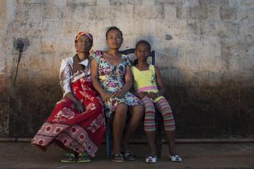 famille malgache monoparentale au nord de Madagascar